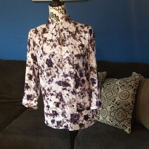 Simply Vera size small blouse